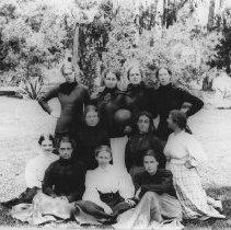 Image of Alice, Marion, and Georgina Jones et al., Miramar - undated