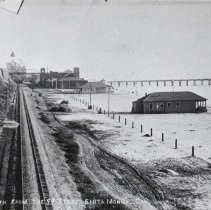 Image of Palisades Park and Santa Monica Beach - undated