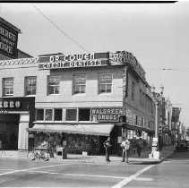 Image of Santa Monica Business District at Third Street and Santa Monica Boulevard - 1938/04/23