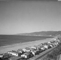 Image of Santa Monica Bay Coastal View from Palisades - 1946/01/08