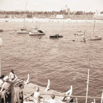 Image of Water Rescue in the Harbor, 1947 - 1947/08/10