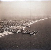 Image of Aerial View of Venice Pier, 1941 - 1941/08/07