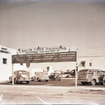 Image of Parking Lot  on Montana Avenue, 1940 - 1940/04/24