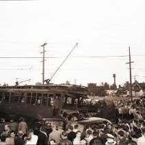 Image of Street Car Accident at Lincoln and Venice Boulevards - 1942/03/23