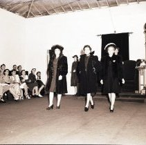 Image of Montgomery Ward Fashion Show, 1941 - 1941/08/16