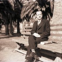 Image of Abraham Heaps on a Park Bench in Santa Monica, 1936 - 1936/01/06