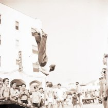 Image of Trampoline Stunts at Muscle Beach, 1940 - 1940/10/12