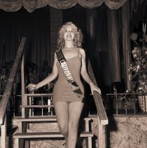 Image of Polly Ellis Named Miss California of 1945 - 1945/08/19