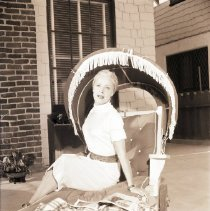 Image of June Havoc on Lounge Chair, Malibu, 1947 - 1947/08/21