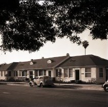 Image of Mortensen-Hromadka Medical Group Office Building, 1942 - 1942/02/18