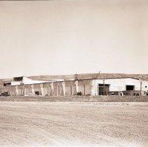 Image of Hughes Aircraft Factory, 1941 - 1941/06/20