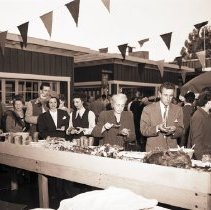 Image of Brentwood Country Mart Opening Celebration, 1948 - 1948/11/17