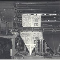 Image of Evening Outlook Press with Will Rogers' Plane Crash Headline - 1935/08/15