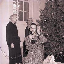 Image of Veteran Makes Christmas Telephone Call, 1945 - 1945/12/23