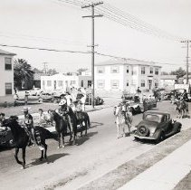Image of Mexican Independence Day Parade, 1947 - 1947/09/16