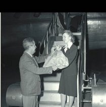 Image of First Airmail from Los Angeles Airport, 1946  - 1946/12/09