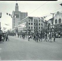 Image of Memorial Day Parade in Santa Monica, 1935  - 1935/05/30