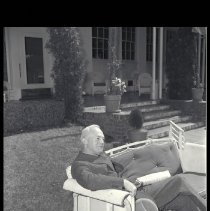 "Image of General H.H. ""Hap"" Arnold at the Miramar Hotel - 1946/03/22"