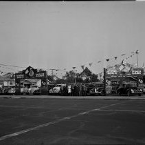 Image of Bay District Motors Used Car Lot - 1940/10/22