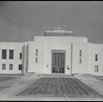 Image of Santa Monica City Hall, 1939 - 1939/10/02