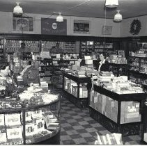 Image of Criterion Drug Company on Third Street, 1938 - 1938/12/15