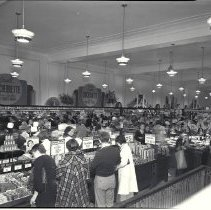 Image of Opening Day at the W.T. Grant Store on Third Street, 1937 - 1937/06/03