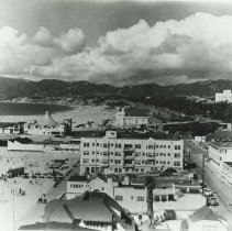 Image of Sea Castle Apartments and Santa Monica Pier - 1940s