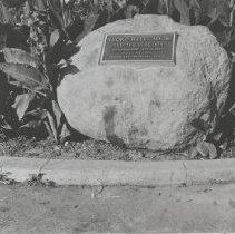 Image of Plaque Commemorating the Ysidro Reyes Adobe - undated