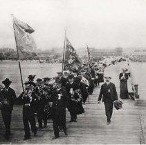 Image of Memorial Day Parade at the end of Pier Avenue - circa 1900