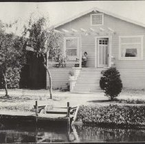 Image of Cottage on Altair Canal in Venice, early 1920s - early 1920s