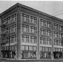 Image of The Tegner Building, Home of Henshey's Department Store, Late 1920s - 1920s late
