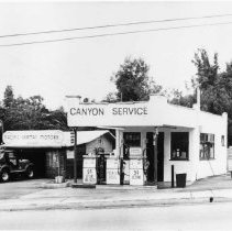 Image of Canyon Service and Pacific German Motors in Santa Monica Canyon - undated