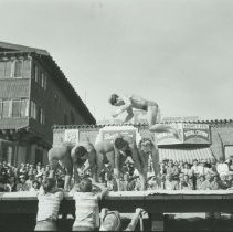 Image of Acrobatics at Muscle Beach - mid 1900s