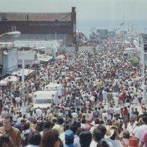 Image of Cinco de Mayo Celebration on Santa Monica Pier, 1991 - 1991/05/05