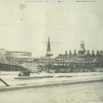 Image of Looff Pier - 1917