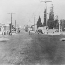 Image of Street Scene at 4th and Pico Boulevard - 1930
