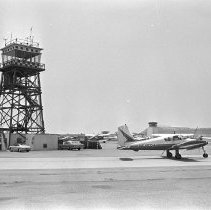 Image of Santa Monica Airport - 1967/06/07