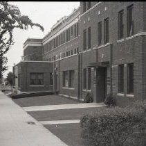 Image of Sidewalk and Santa Monica Hospital, 1941 - 1941