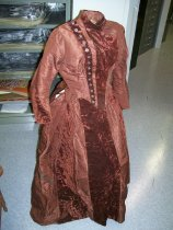 Image of 2009.044.003 - Dress