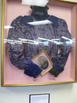 Image of 2008.065.001 - Blouse