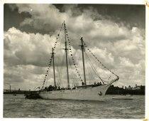 Image of W1949.064.030 - Print, Photographic