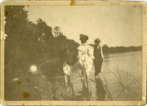 Image of 1949.101.004 - Photograph, Cabinet