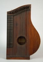 Image of 1952.428.002 - Zither