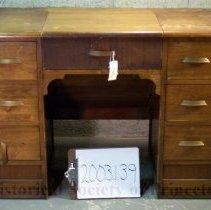 Image of 2003.1.39 - Desk