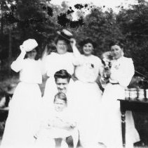 Image of Photo Archives - F_6_009