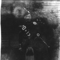 Image of Photo Archives - Q_7_004