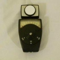 Image of 2004.07.01a - Meter, Light