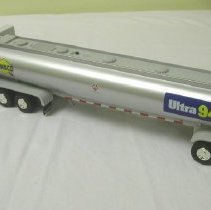 Image of 2005.55.01 - Toy, truck