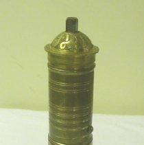 Image of 2005.56.01 - Grinder
