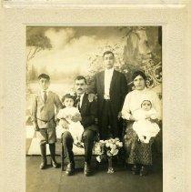 Image of the Zedan family, 1917